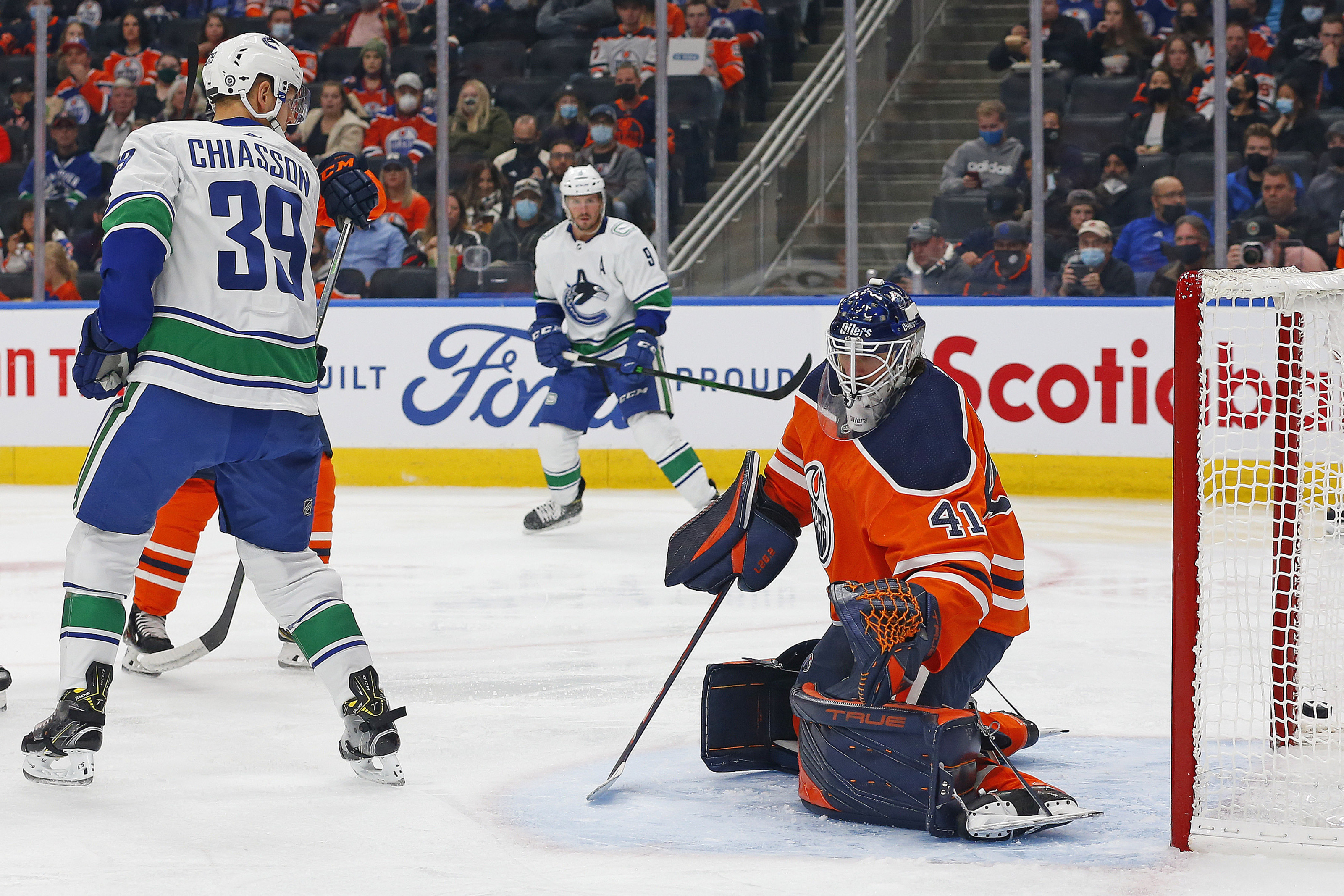 Oilers vs. Canucks: Date, Time, Betting Odds, Streaming, More